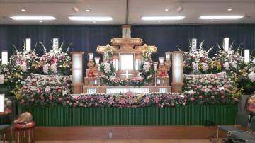 来賓のある一般葬